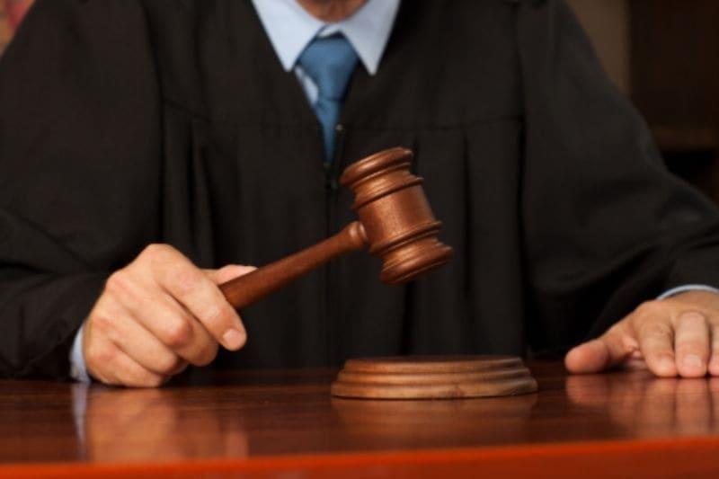 悪徳競馬情報会社を相手に裁判を起こす